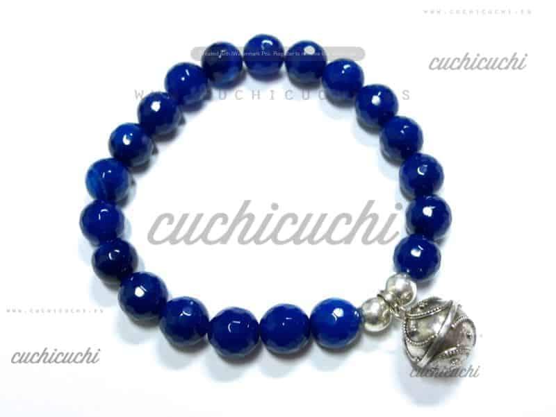 54c1ba395fa8 Pulsera de piedras semipreciosas con llamador plata - Cuchicuchi ...