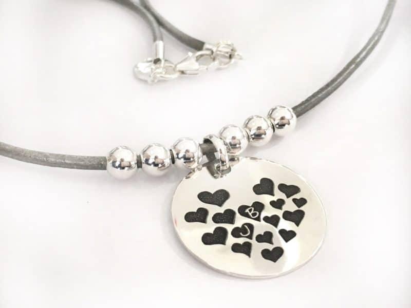 gargantilla corazones plata