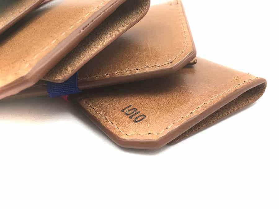 cartera con nombre piel personalizada