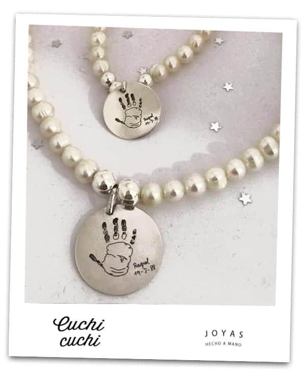 e17955fd1825 Geniales para regalar… conjunto juego joyas personalizadas huellas manos