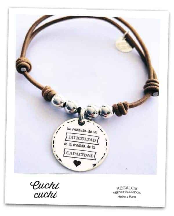 c98e10fcbf01 Chapas y colgantes personalizados para pulseras y collares Cuchi Cuchi
