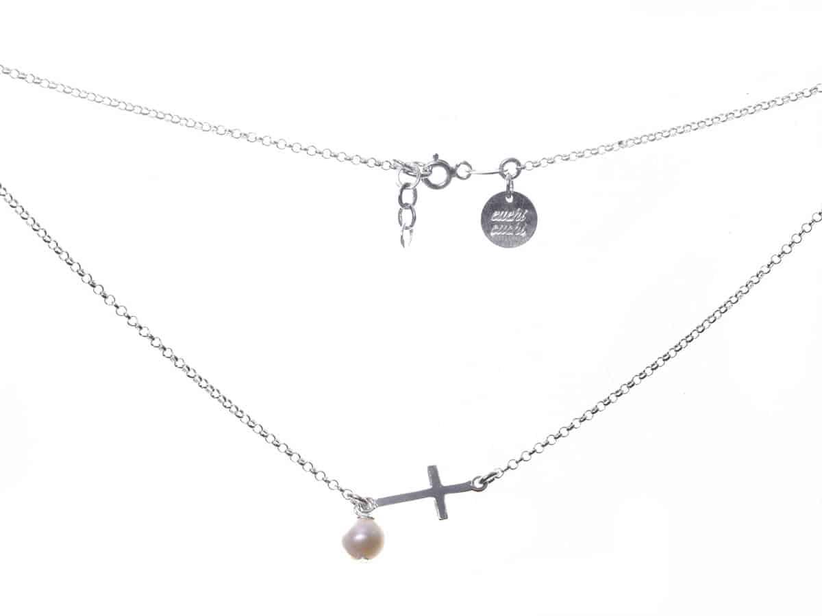 d4cca856a8e3 Gargantilla cruz perla - Cuchicuchi Regalos personalizados y joyas