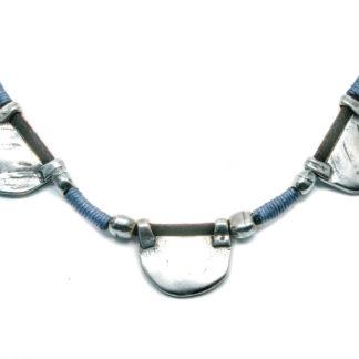 collar plata pestañas