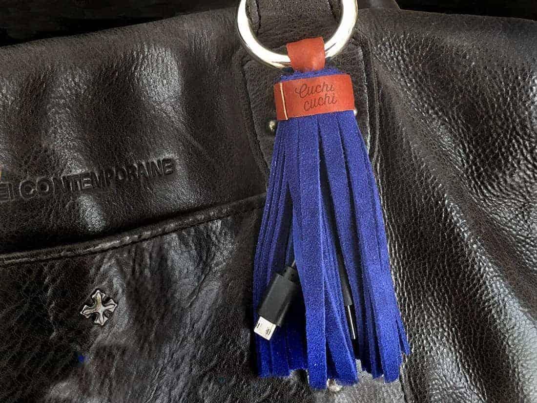 bolso con cargador smartphone mujer