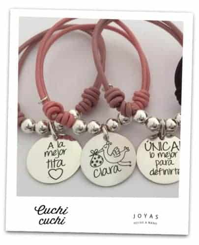 Regalos personalizados para amigas y pulseras con mensajes positivos
