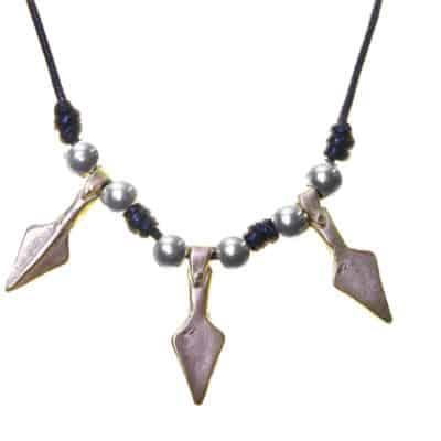 collar flecha